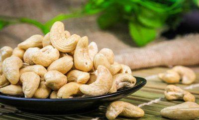 shelled cashew kernels